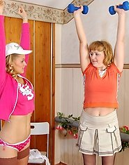 Sporty babe and frisky gal in her ripe ages revealing new lesbian exercises