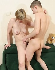Young guy fucks blonde mature woman