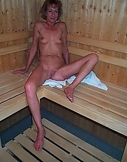 Mature slut getting hot in the sauna