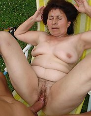 cum inside nasty granny with hairy pussy