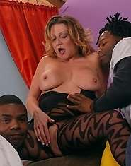 Sexy mature fucked by 2 black cocks